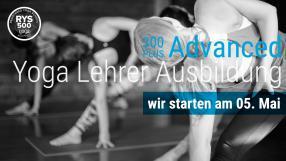 300+ Advanced Yoga Lehrer Ausbildung - von den Krankenkassen anerkannt