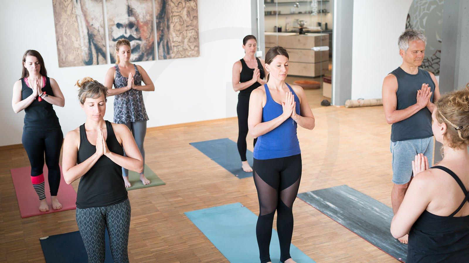 200+ Stunden Yoga Lehrer Ausbildung