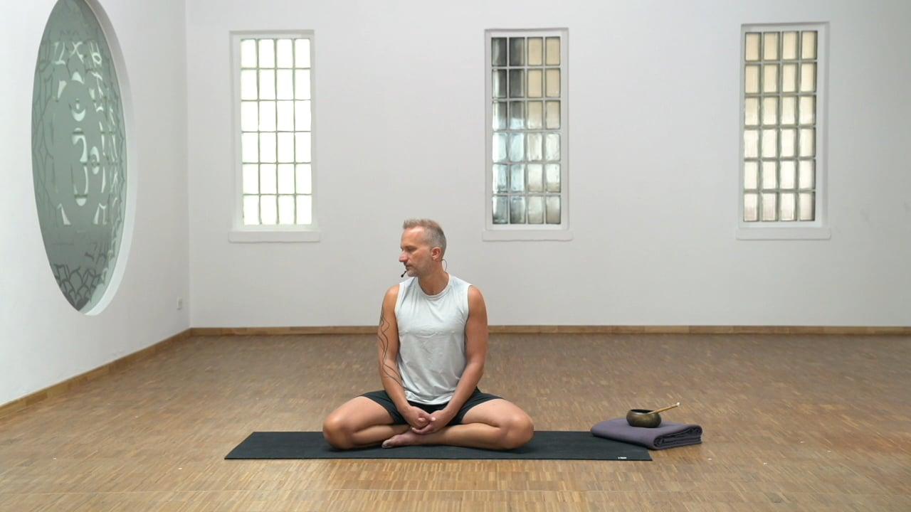 Pranayama: Brahma Mudra